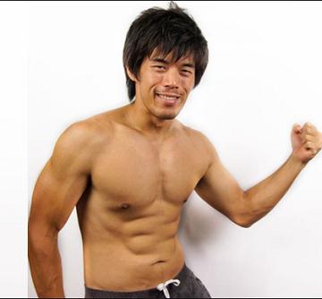 ラブサーチ 写真設定筋肉を見せびらかす